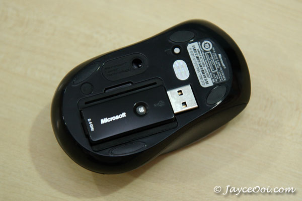 microsoft_mouse_7000_02.jpg