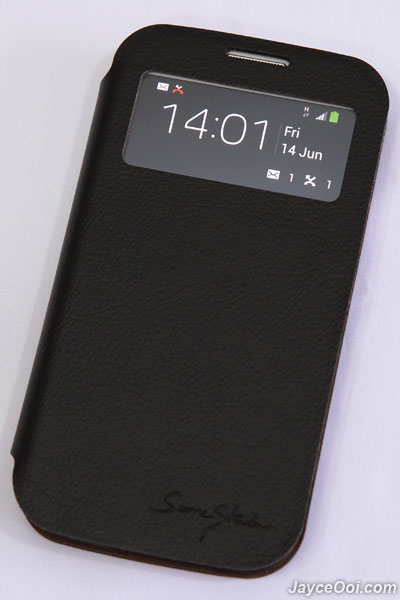 Tridea-Italian-Standing-View-Cover-Galaxy-S4_01