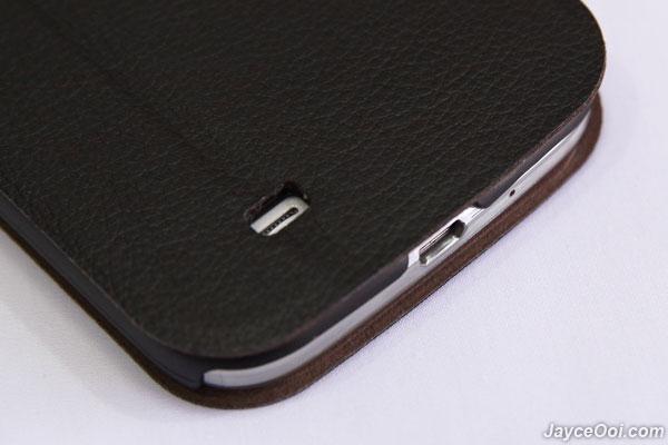 Tridea-Italian-Standing-View-Cover-Galaxy-S4_04