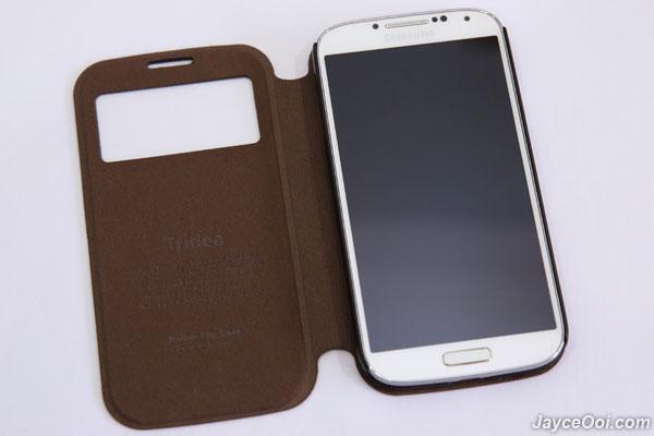 Tridea-Italian-Standing-View-Cover-Galaxy-S4_06
