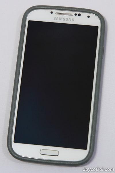 iFrogz-Samsung-Galaxy-S4-Cocoon-Case_01
