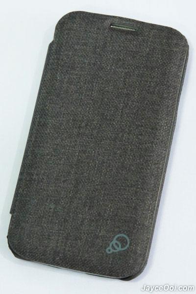 Cygnett Cache Flip Case