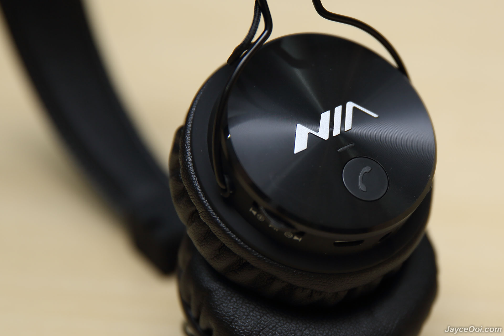 headphones comfortable comforter wireless central under bluetooth armour ua review android