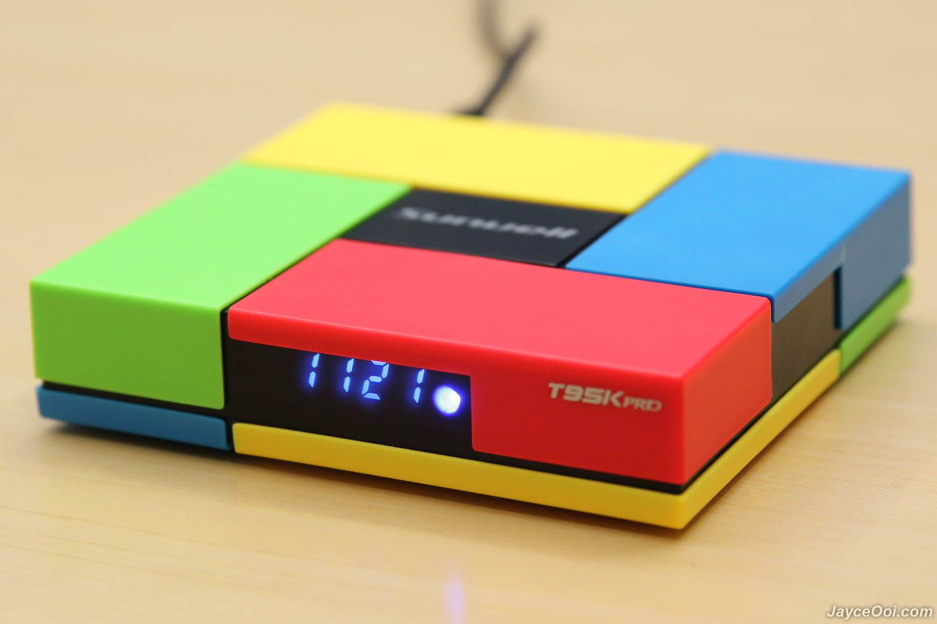sunvell t95k pro android tv box review. Black Bedroom Furniture Sets. Home Design Ideas