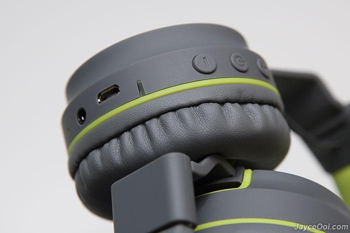8d6e73fd335170 (IMG:http://www.jayceooi.com/wp-content/uploads/2017/03/SonicGear-Airphone -V-Bluetooth_06.jpg)